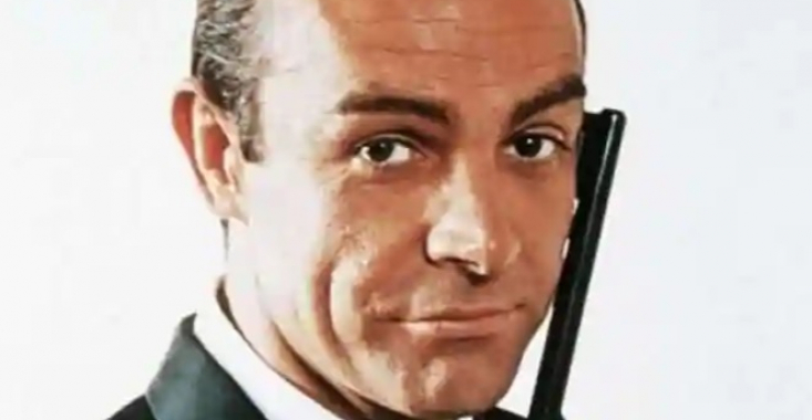 FOTO/VIDEO - Pistolul lui Sean Connery din celebra serie James Bond va fi vândut la licitație