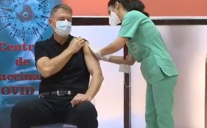 Klaus Iohannis s-a vaccinat anti-COVID