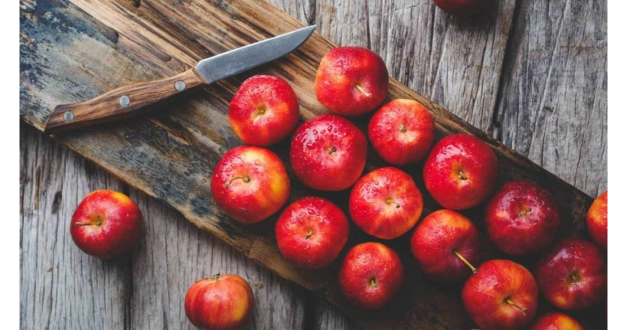 health-benefits-of-apples-1296x728-feature