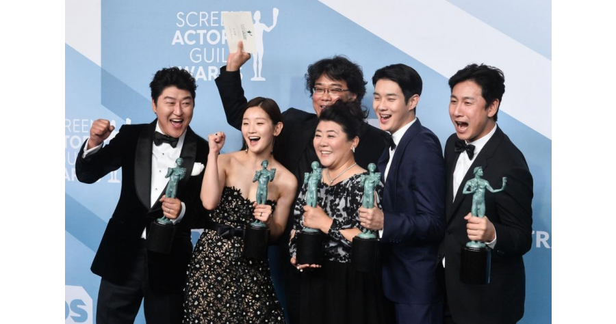 Oscar-nominated-Parasite-builds-expectations-in-South-Korea